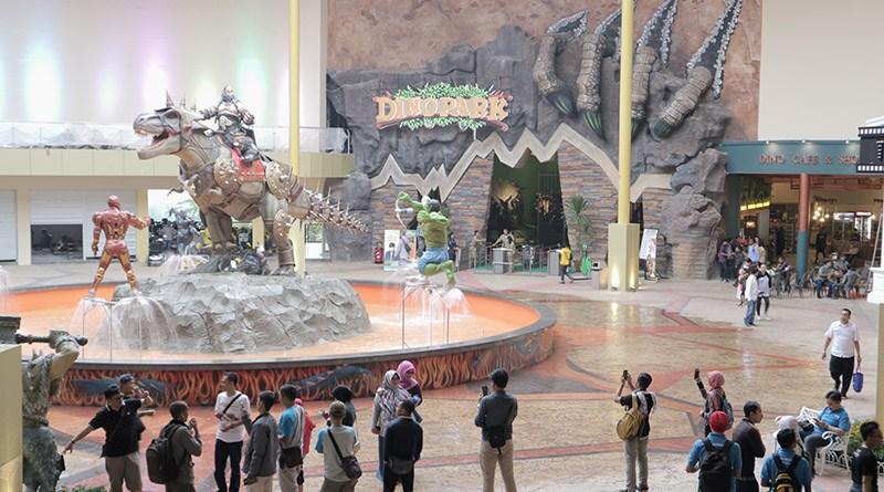 travel murah malang - Gerbang Masuk Dino Park Jawa Timur Park 3
